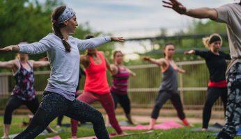 La mode du yoga est bel et bien arrivée à Rivière-du-Loup.
